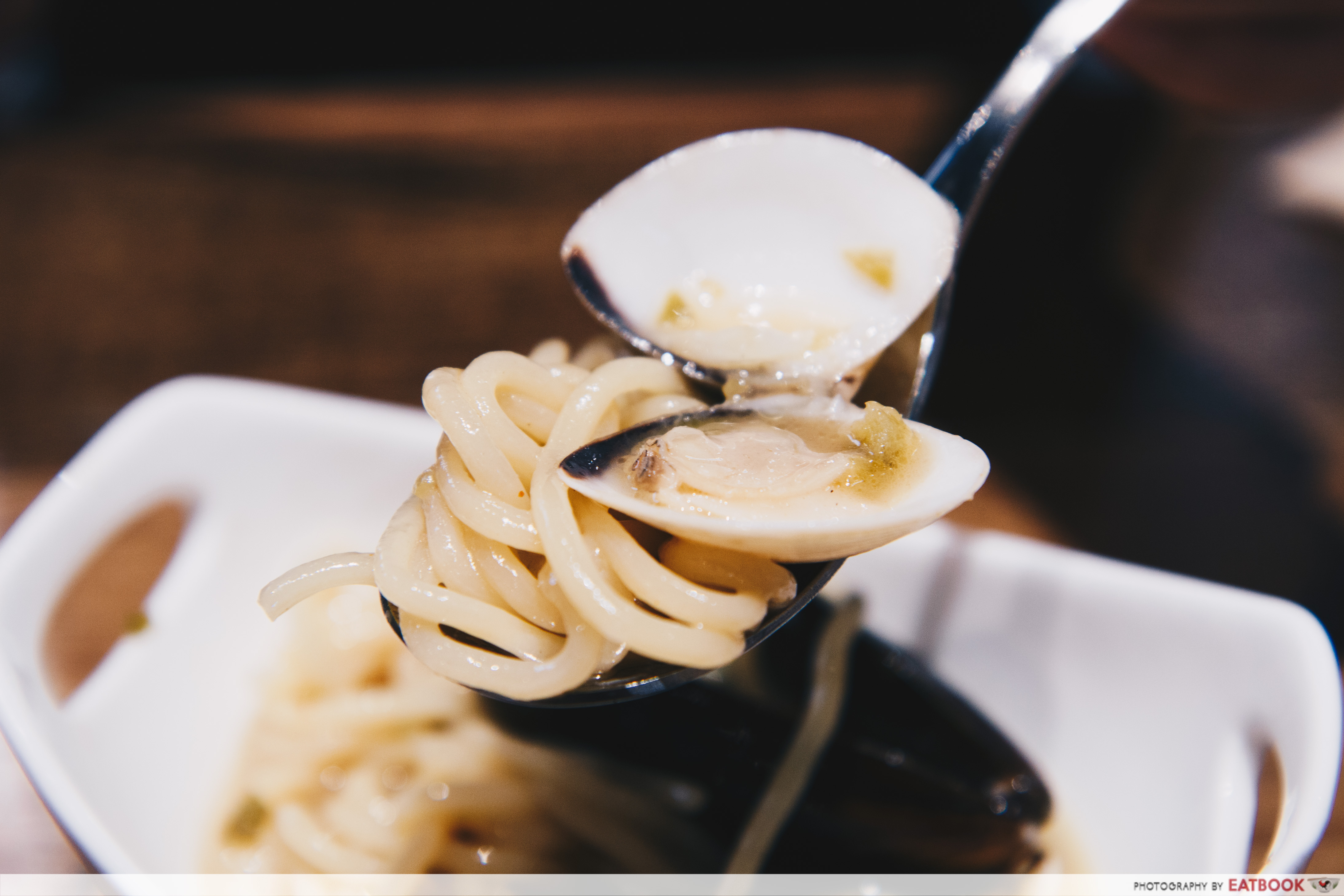NIPONG NAEPONG- vongole spoonful