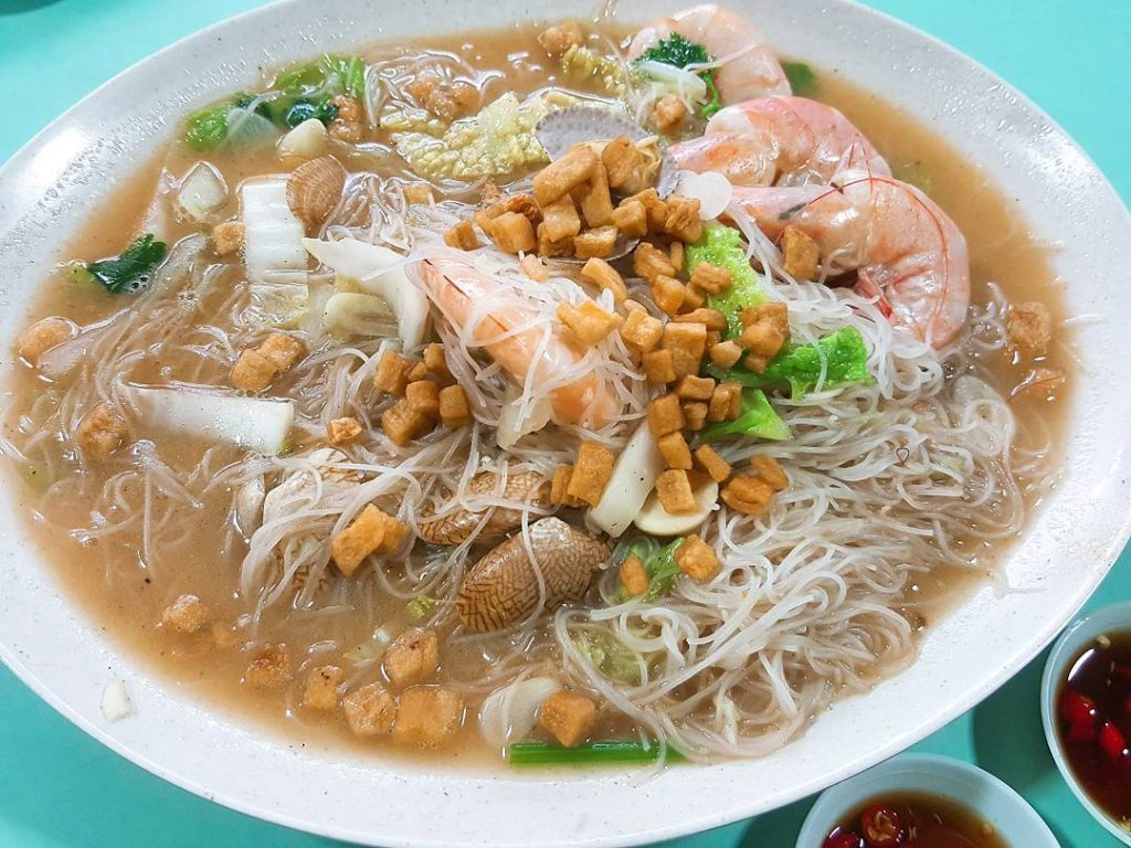 Toa Payoh Lorong 8 Market & Food Centre - East Seafood White Beehoon by @lxbrand