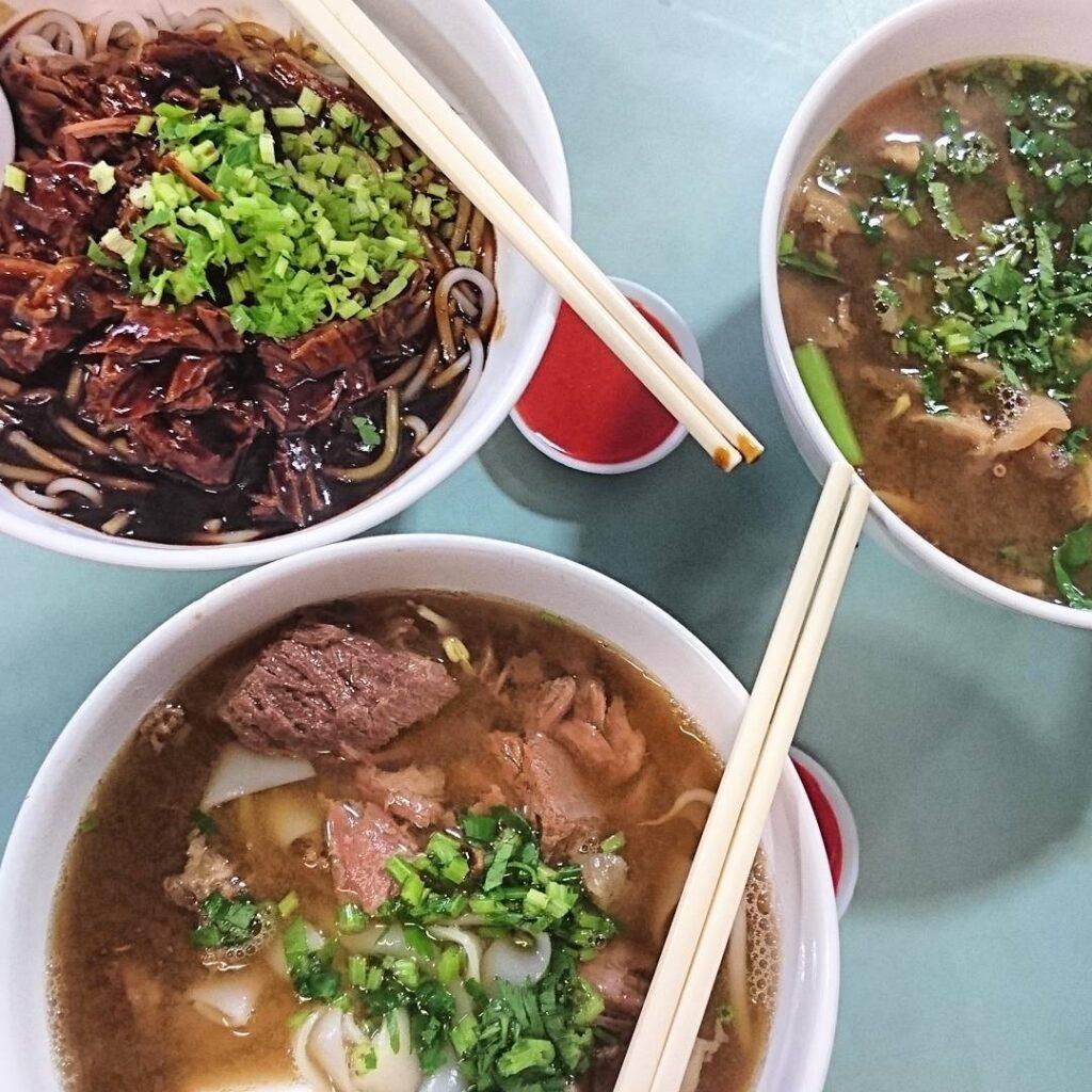 Toa Payoh Lorong 8 Market & Food Centre - Joochiat Beef noodles by @wen.jiak.where