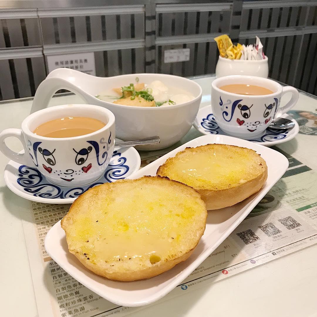 Tsui Wah - condensed buns set