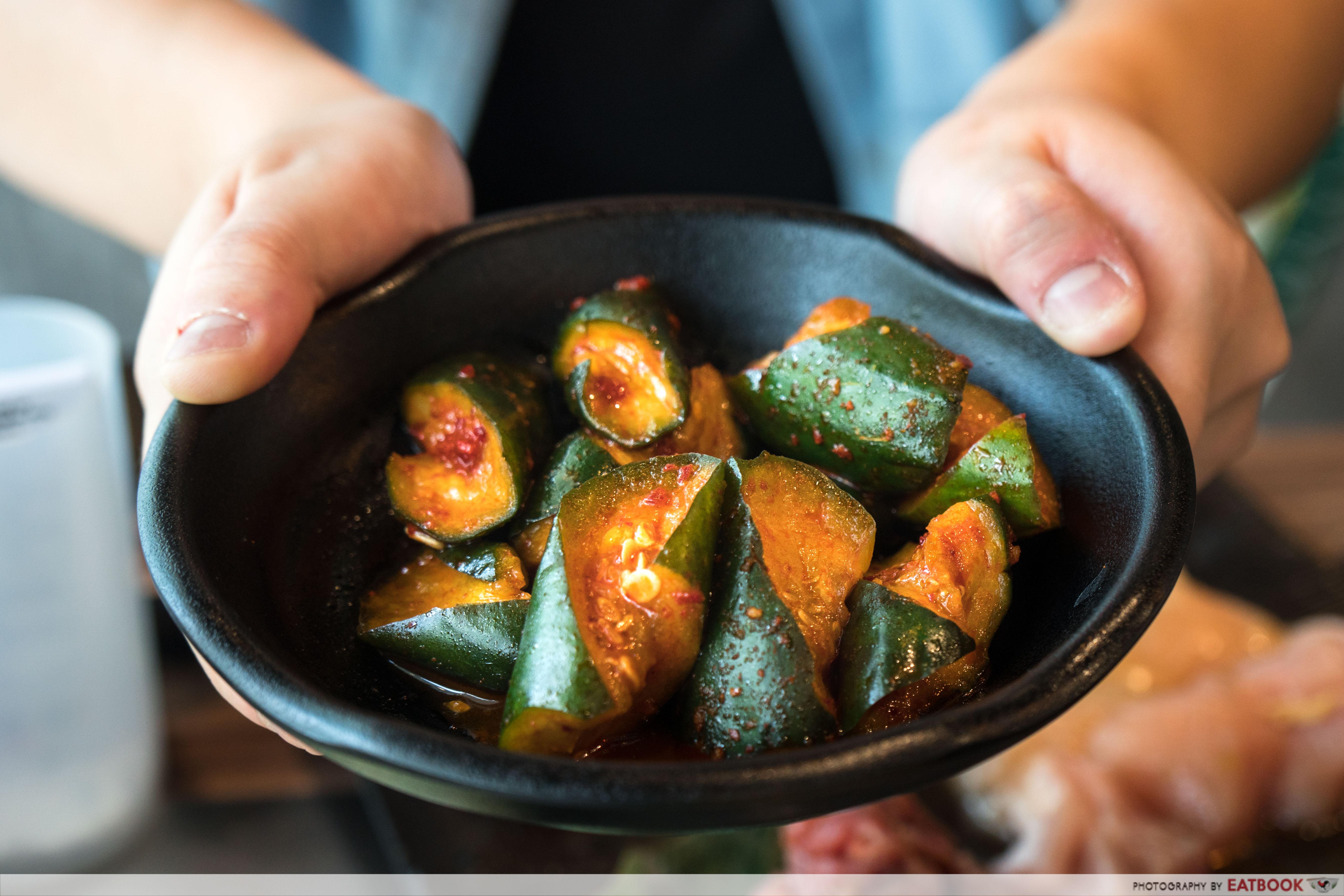 Yakinikuohji - cucumber kimchi