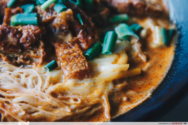 Yaps Noodles - Cheese Noodles Close Up