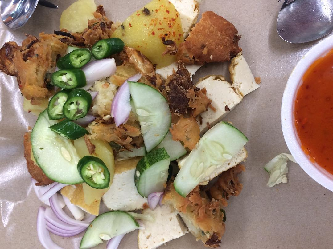 bedok hawker food - indian rojak
