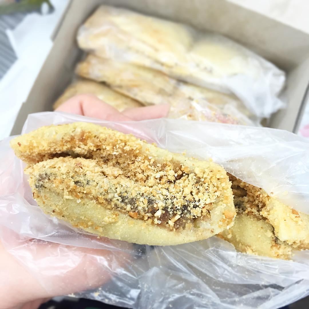 min jiang kueh- frankies peanut pancake