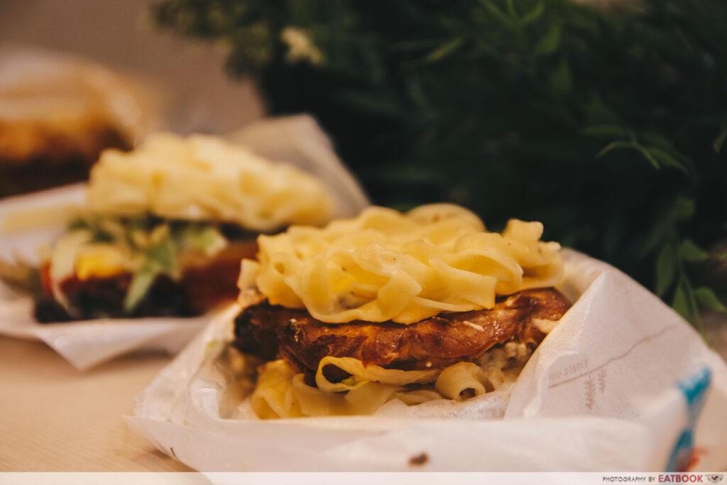 mos burger teriyaki chicken mushroom sauce pasta burger