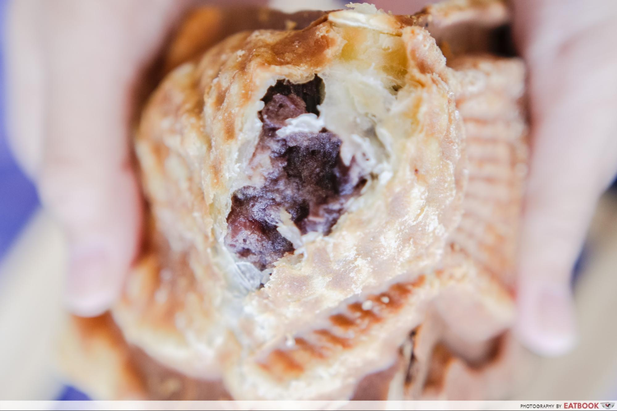 one - red bean croissant tai