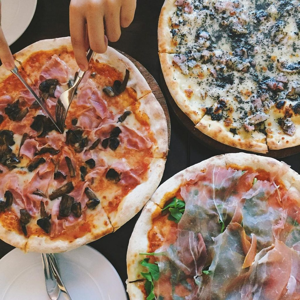 Italian Restaurants - La Pizzaiola