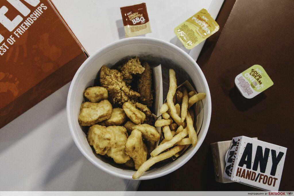 KFC dip n share