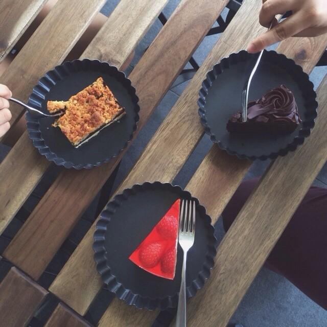 Tanjong Pagar Food - Cake Spade
