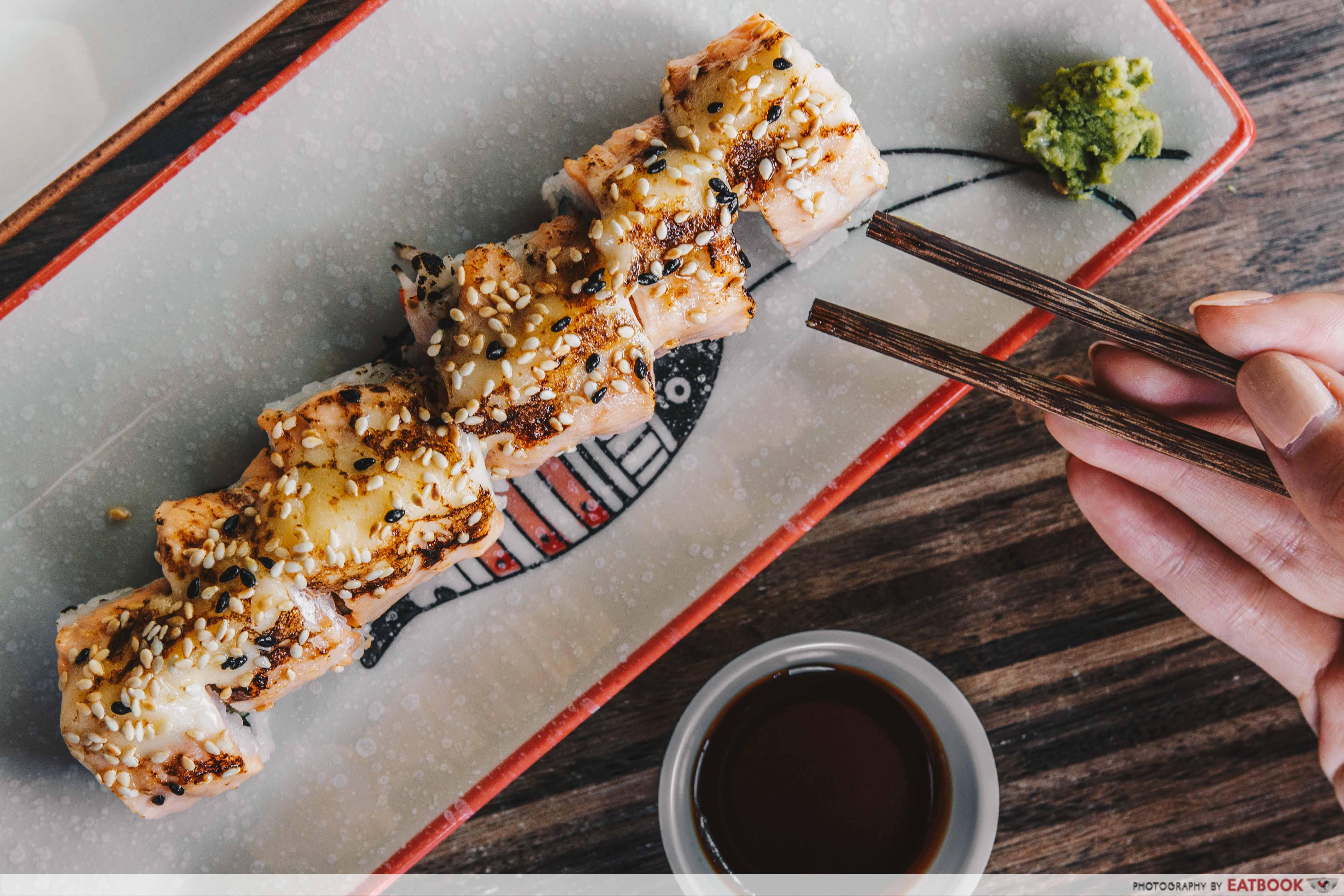 Yokozuna stall- TaTaki Salmon roll