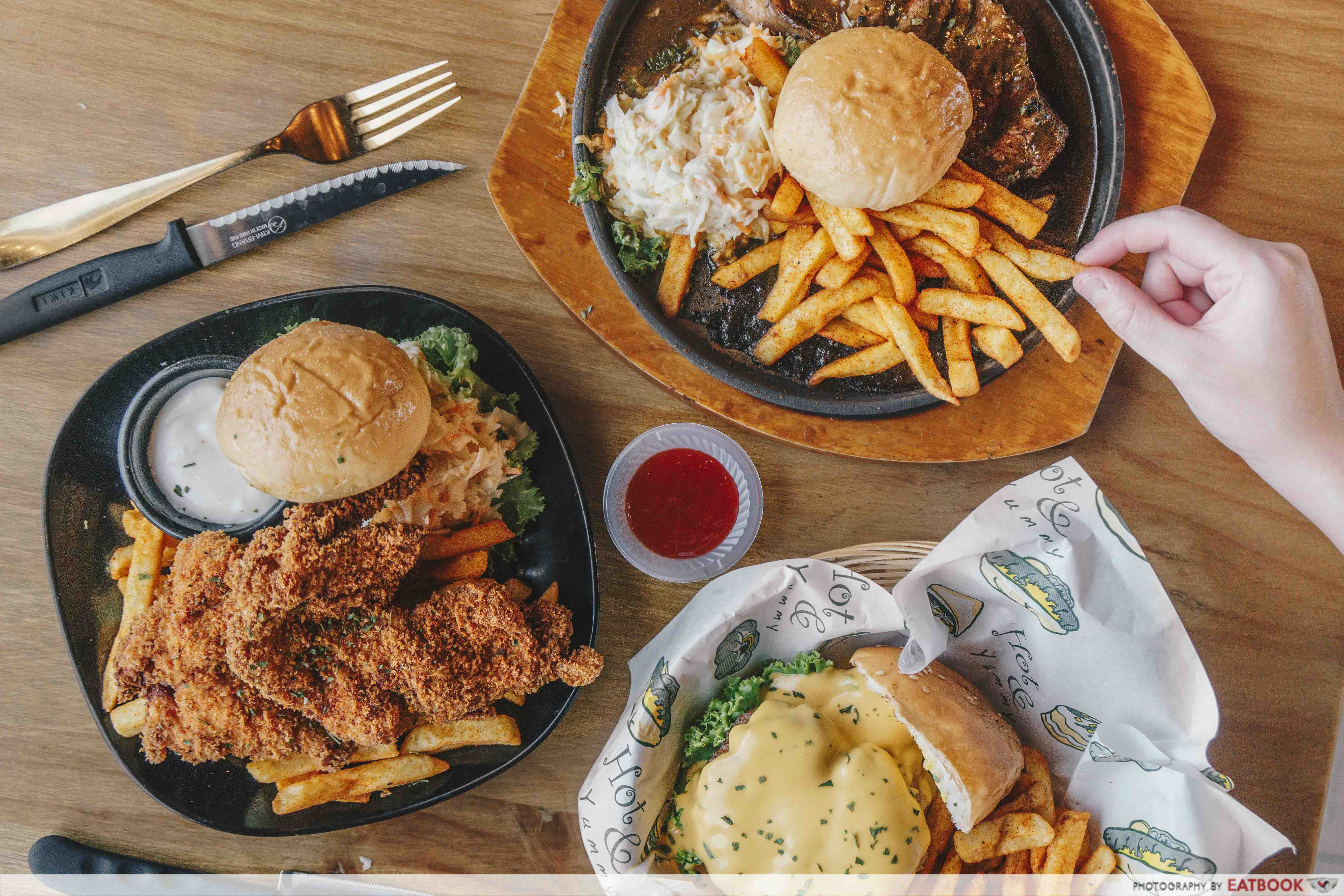 Fatty Bom Bom Review: Halal-Certified Western Food With Big Portions