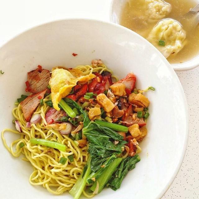 Jurong East Food - Soi 19 Thai Wanton Mee
