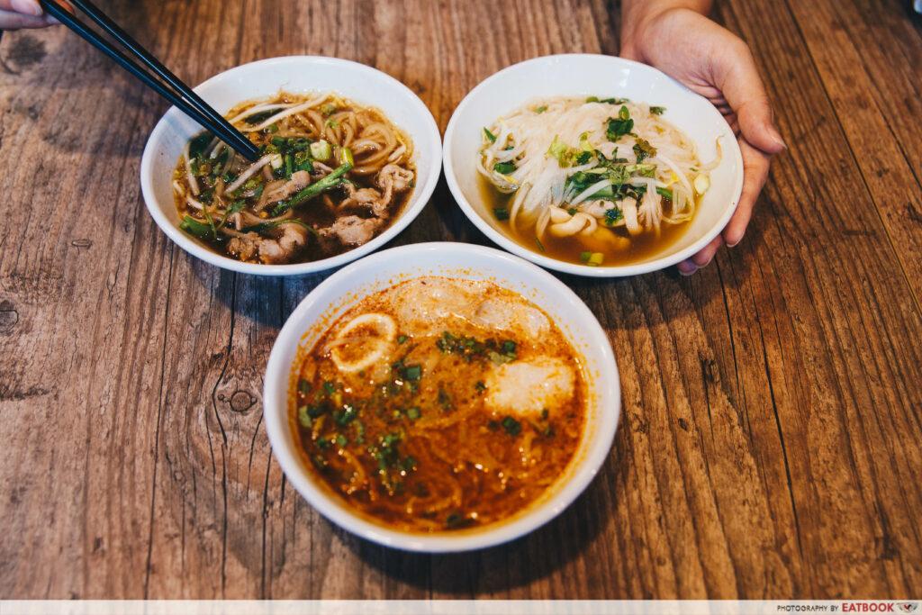 Siamese Cat - mini noodles