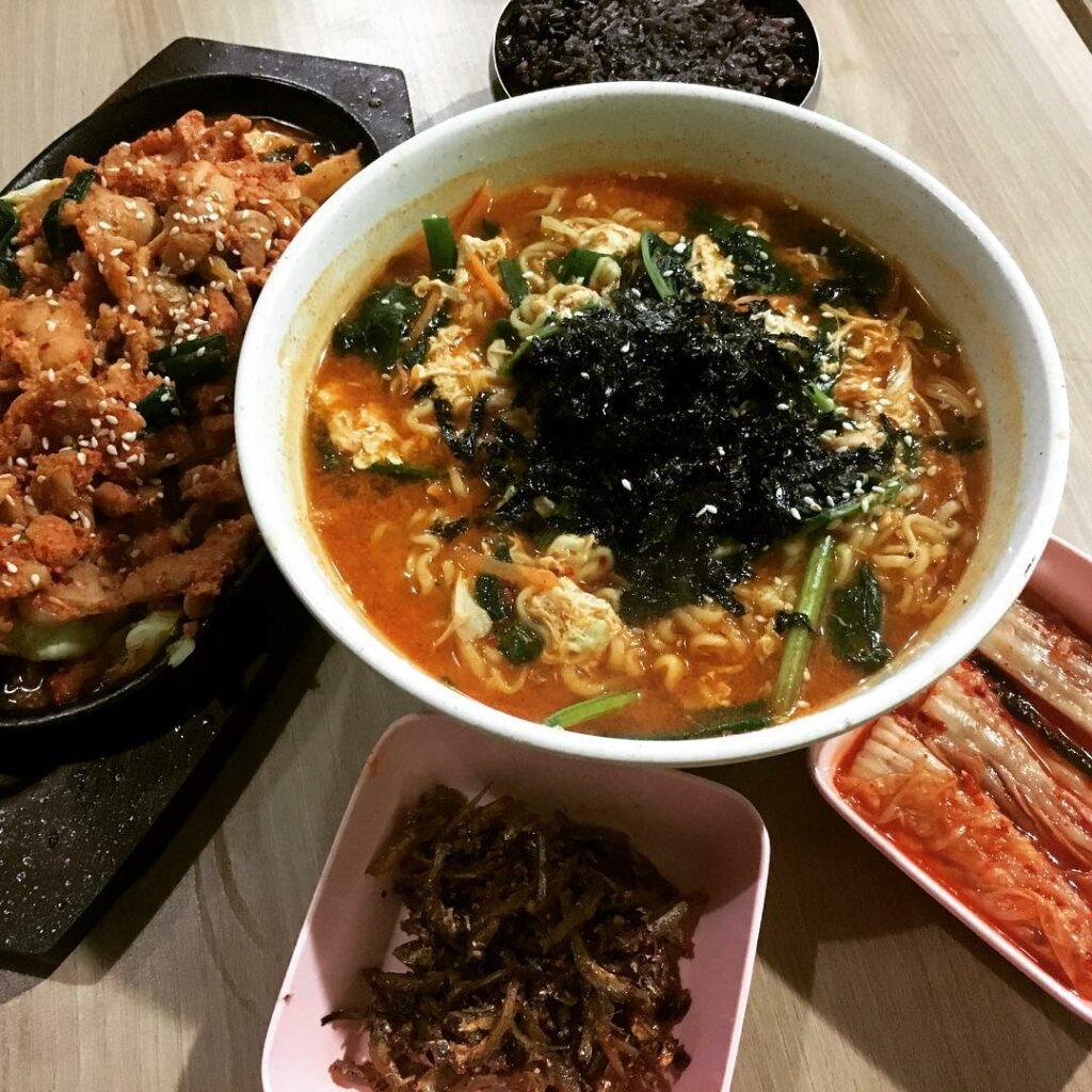 Somerset Food - Kim Dae Mun
