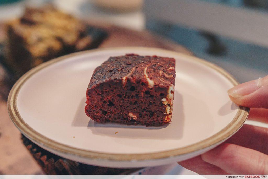 shubby sweets red velvet brownies