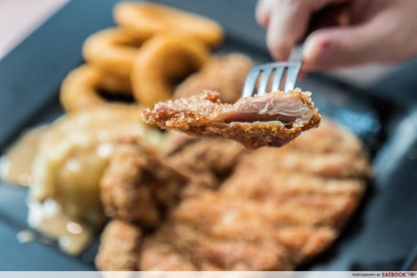 Auguste - chicken