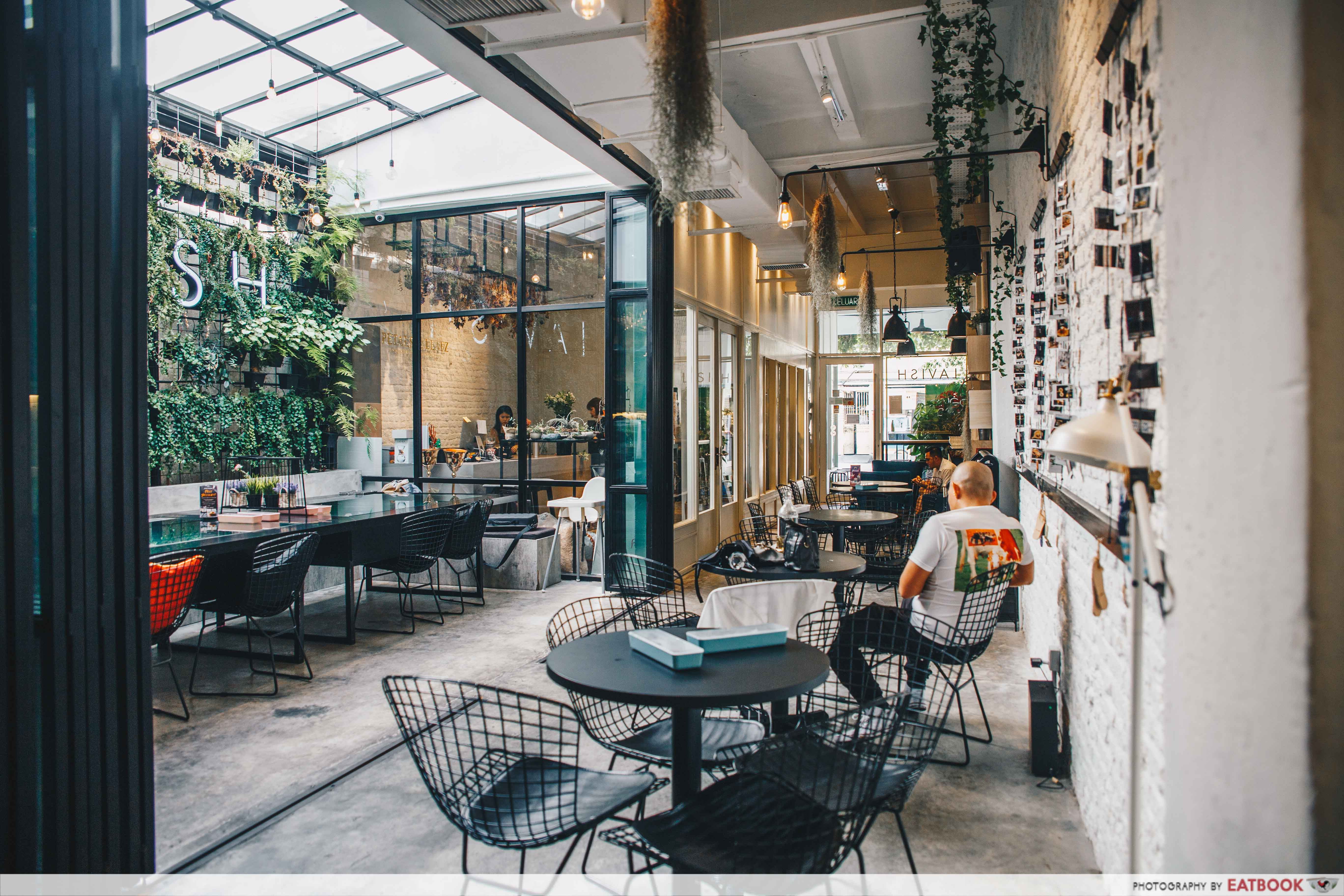 Cafes in Penang - Lavish Fusion Bakery Ambience