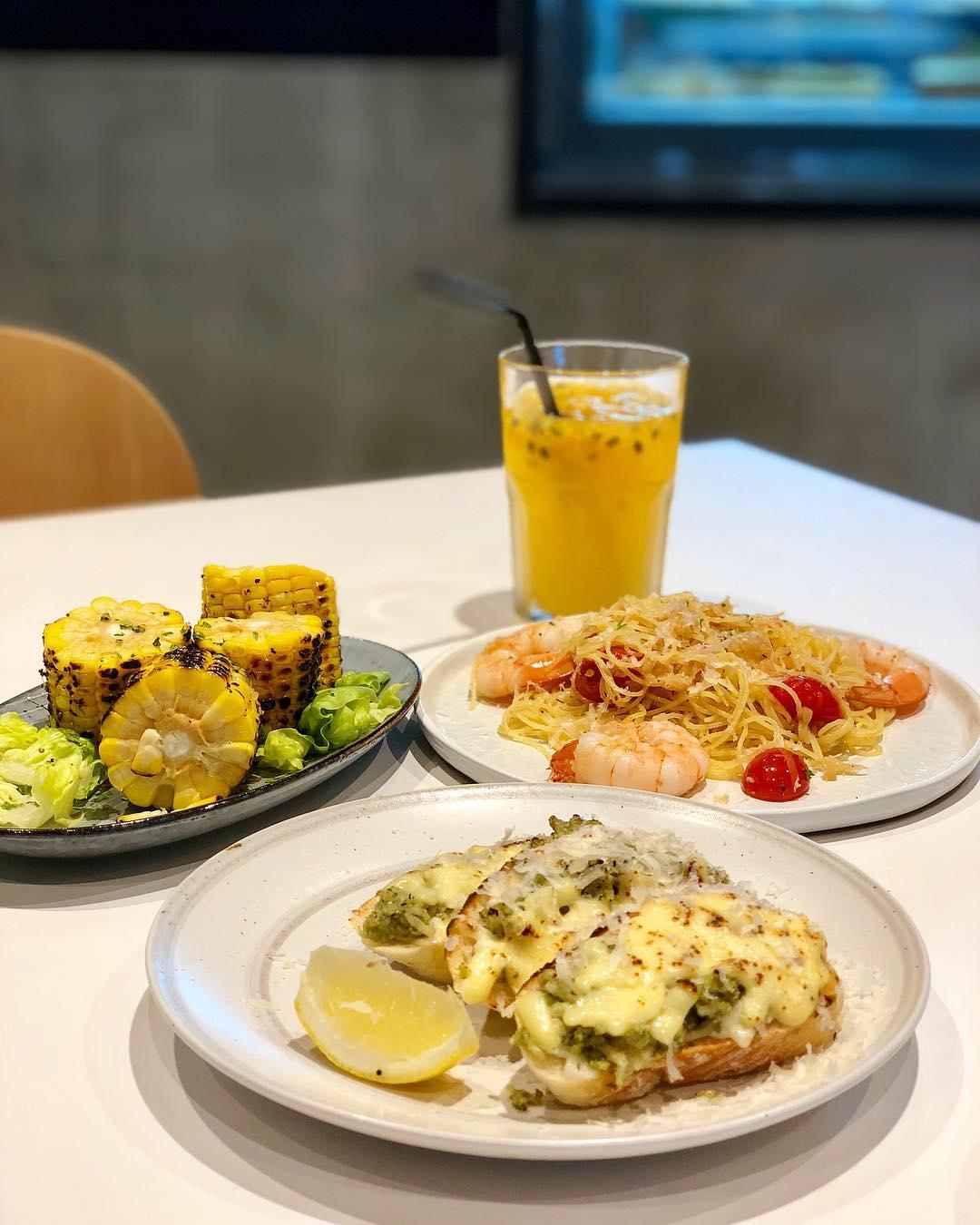 Century Square Food - Mahota Kitchen