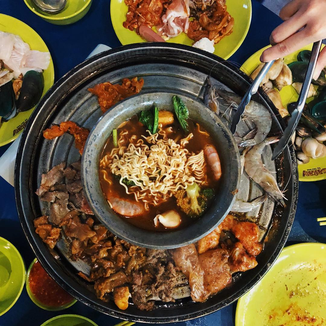 9 Halal Steamboat Places To Go All Out At Your Next Clique