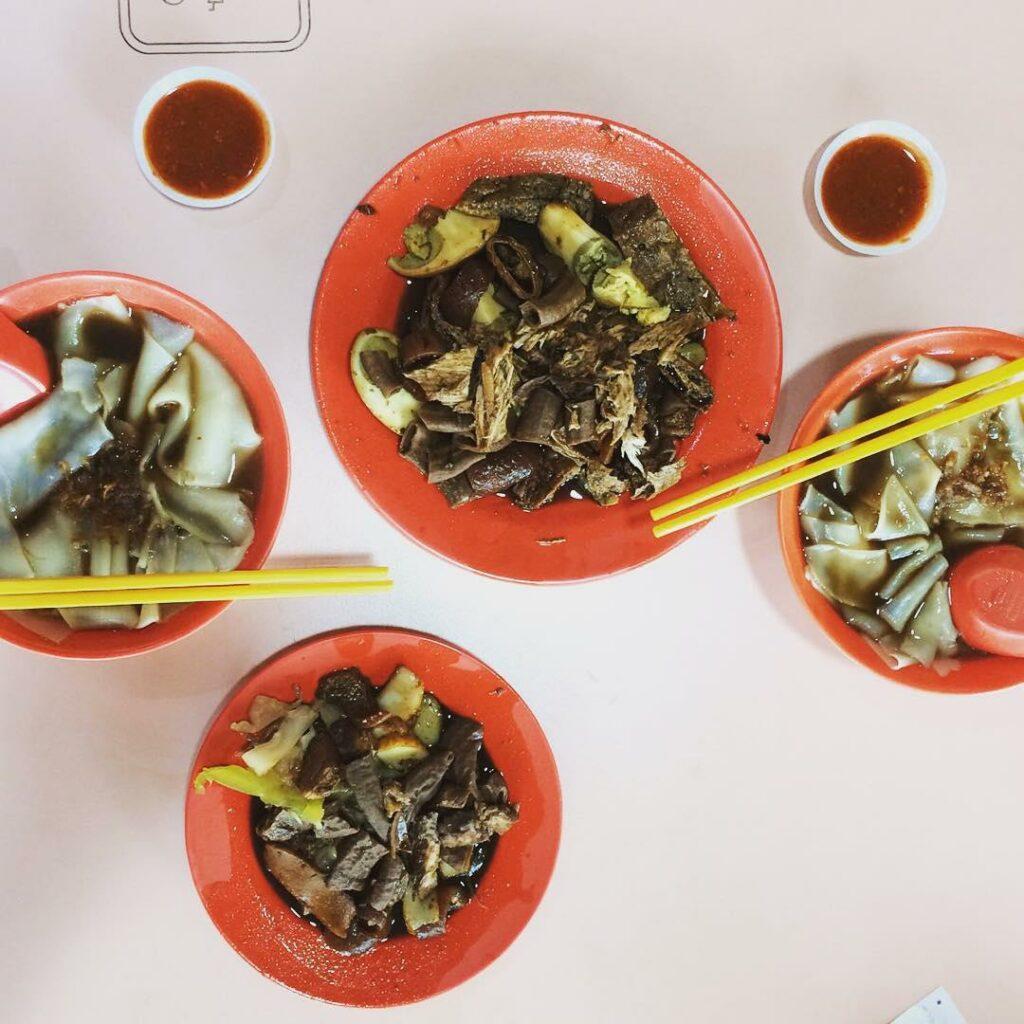 sembawang hills food centre- San Ba Wang Guo Zhi Shu Shi