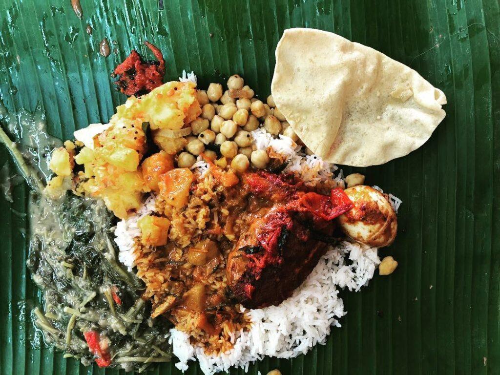 kallang food - imam banana leaf