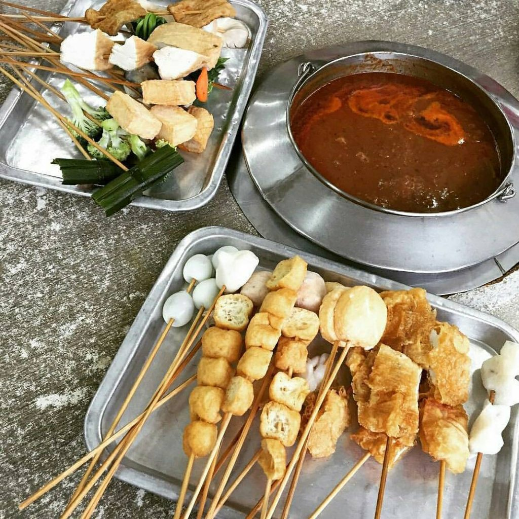 kallang food - satay celup