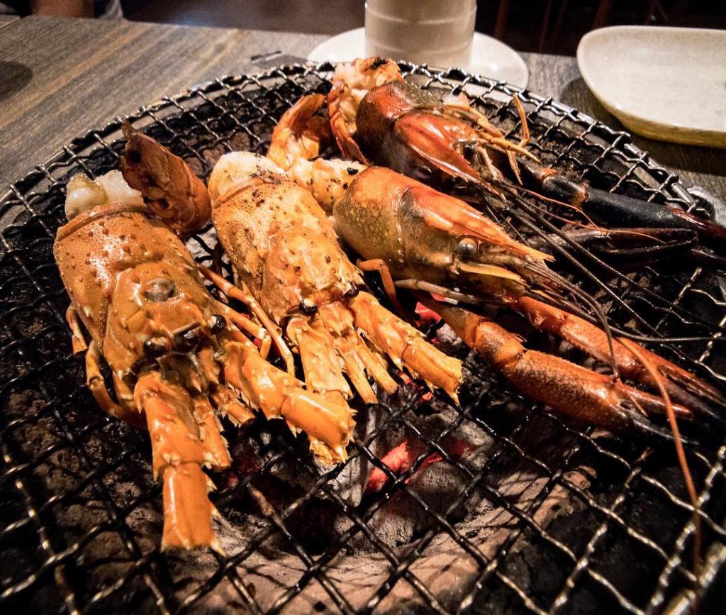 BBQ Seafood Buffet New Thai Tanic