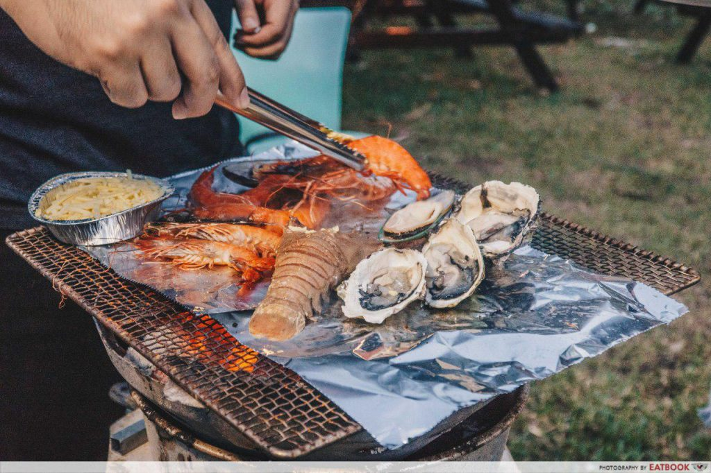 6 BBQ Seafood Buffet Places From $29 90+ To Feast On Grilled Lobster