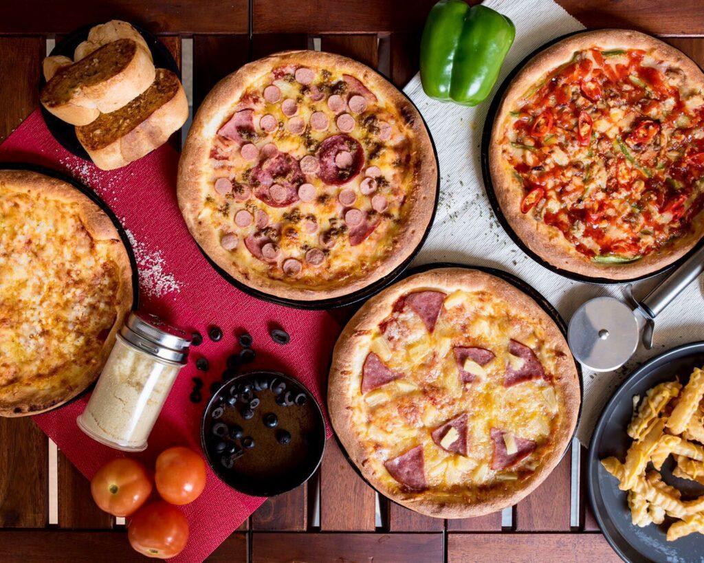 Pizza Delivery - Pizza Arc