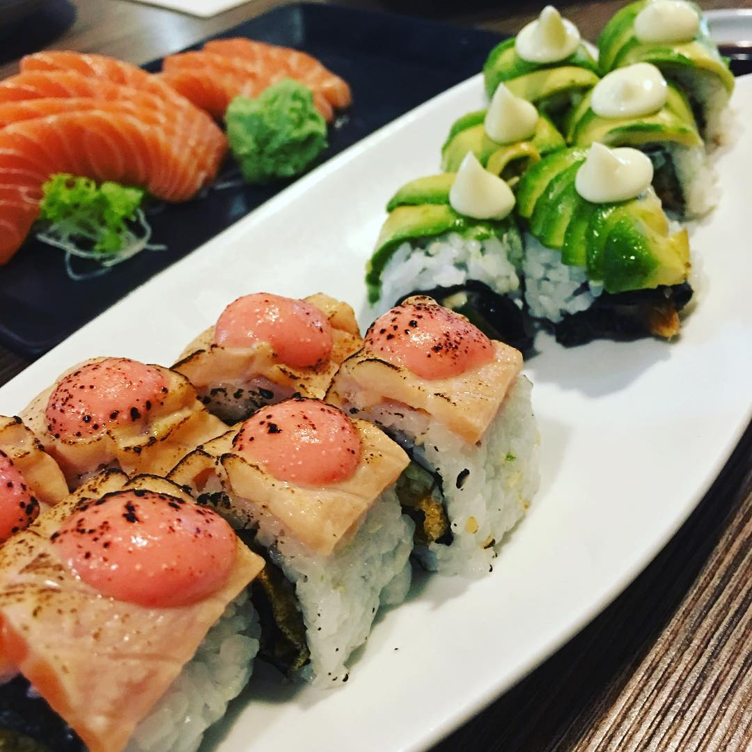 Sushi Buffet Food Places - (5)