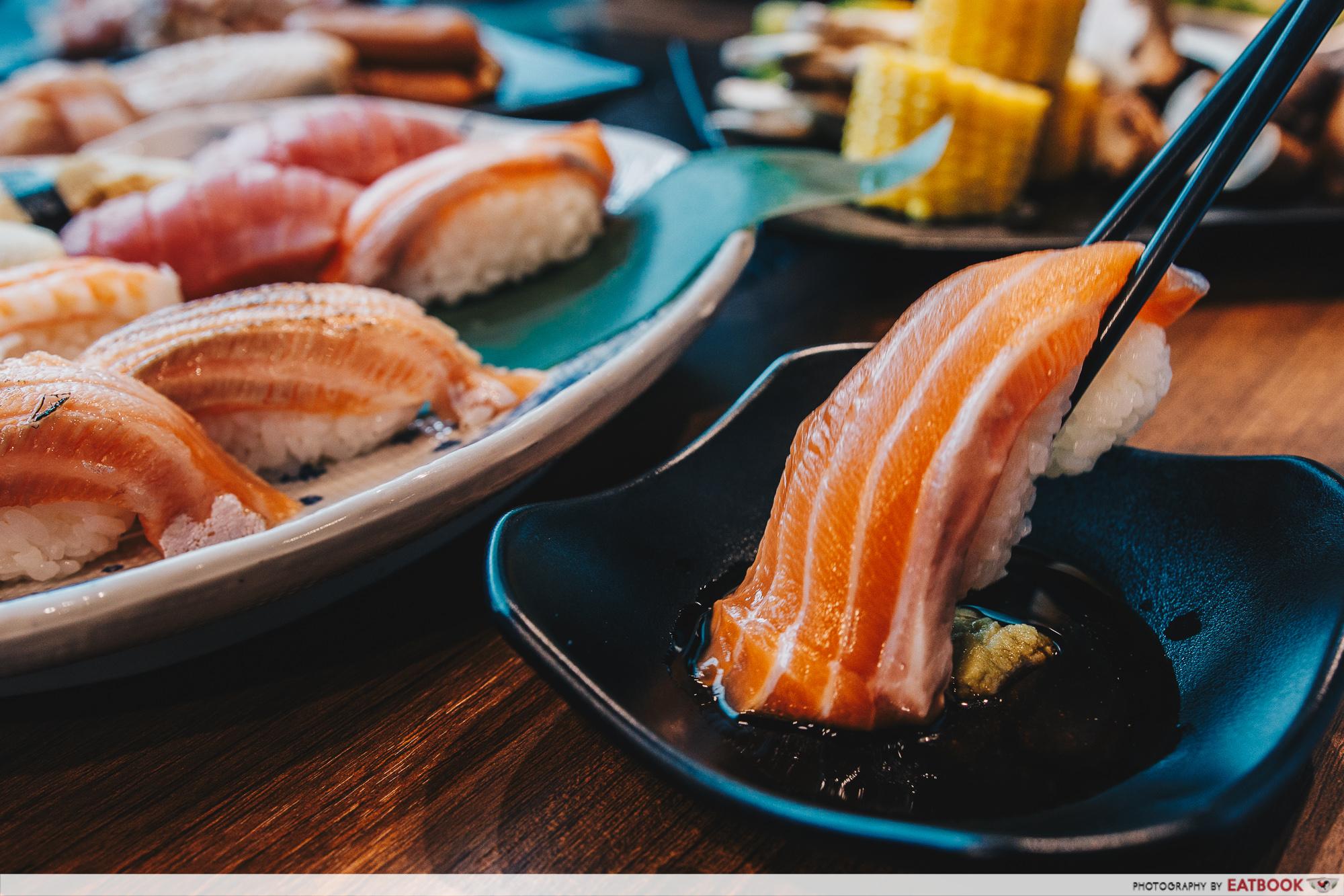 Yakiniku Ohji - Salmon Sushi (Large)