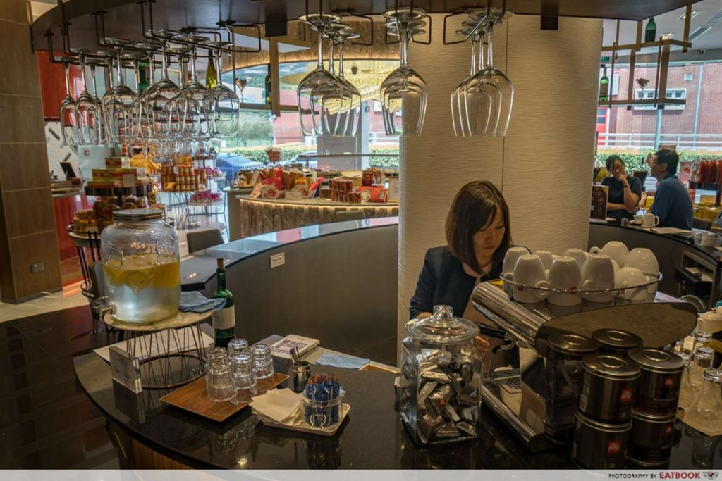 Bee Cheng Hiang Grillery bar