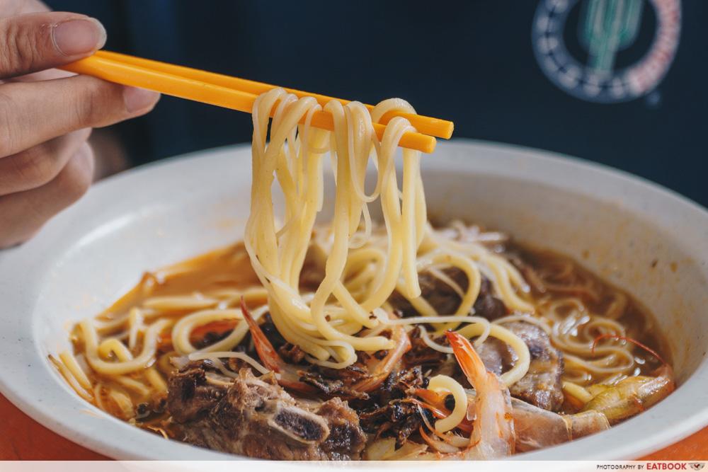 Big Prawn Noodles - Pork Rib Prawn Noodle Beehoon and Yellow Noodles