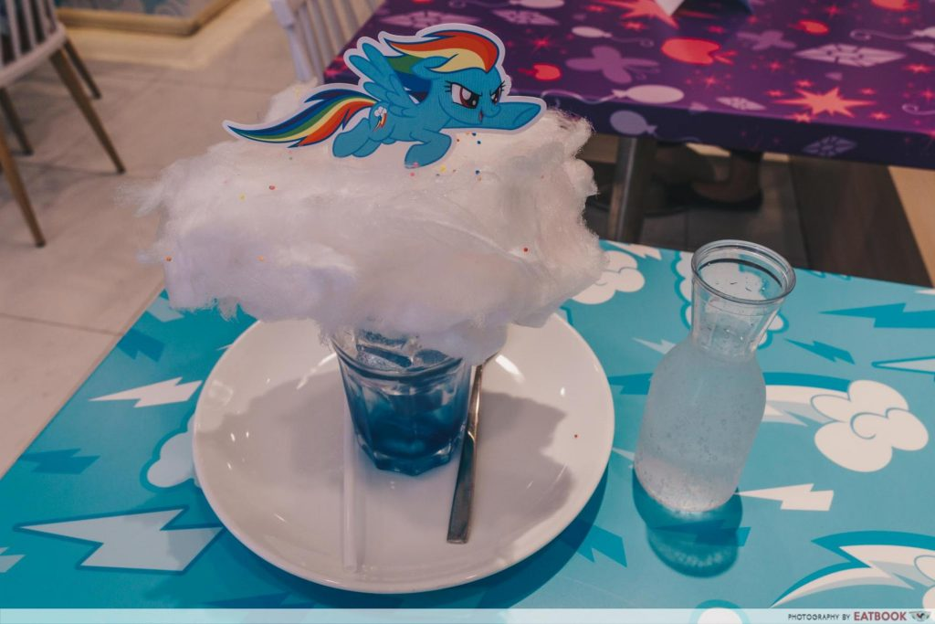 My Little Pony Cafe Rainbow Dash Fluffy Clouds Bubblegum Soda with Fluffy Cotton Candy