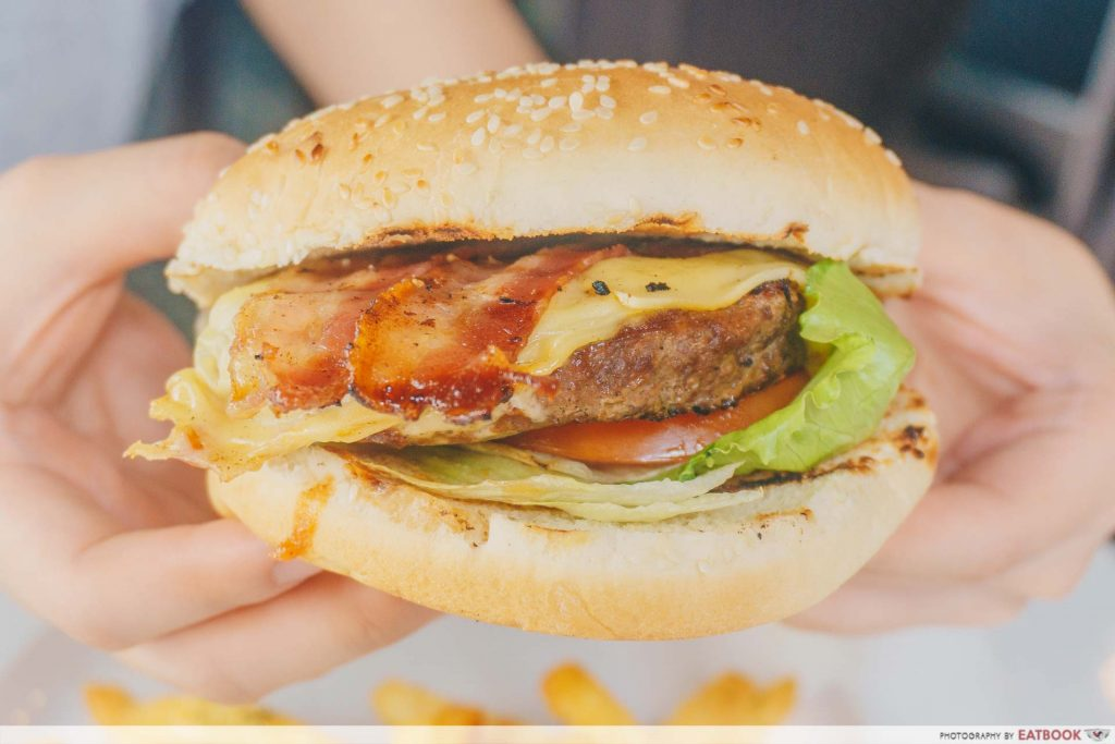 73 Hillcrest Burger