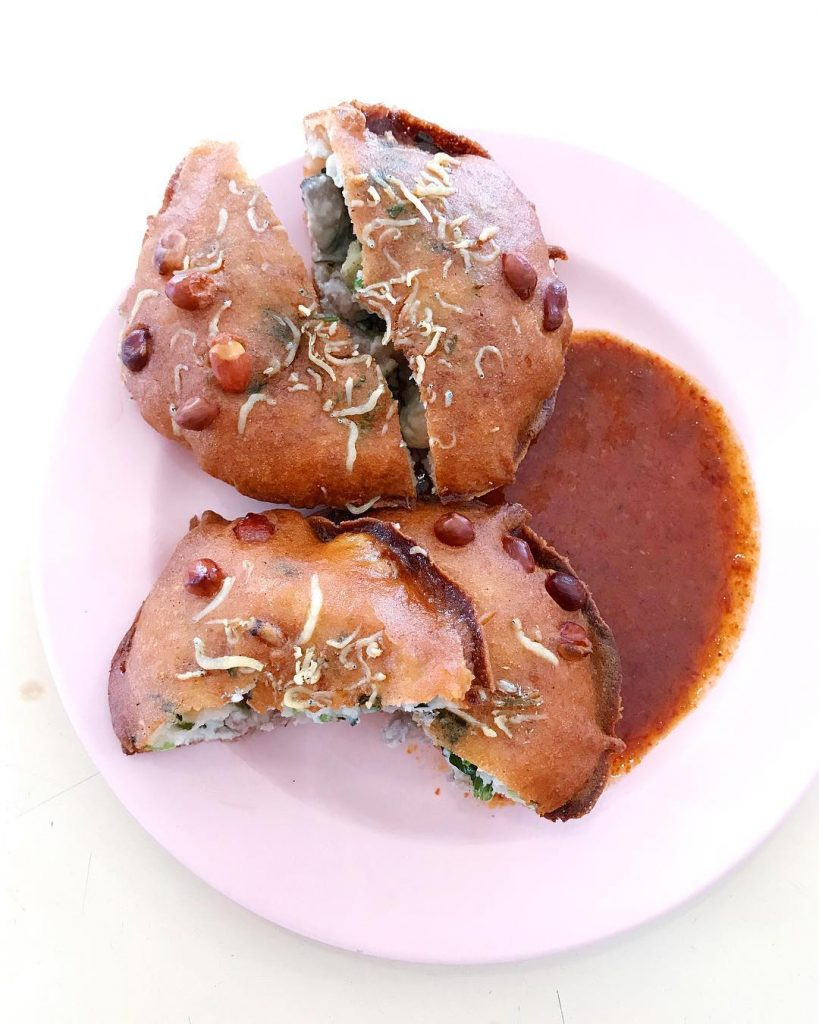 Berseh Food Centre - Fu Zhou Poh Hwa Oyster Cake-min