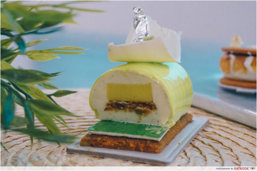 D9 Cakery bergamot cake