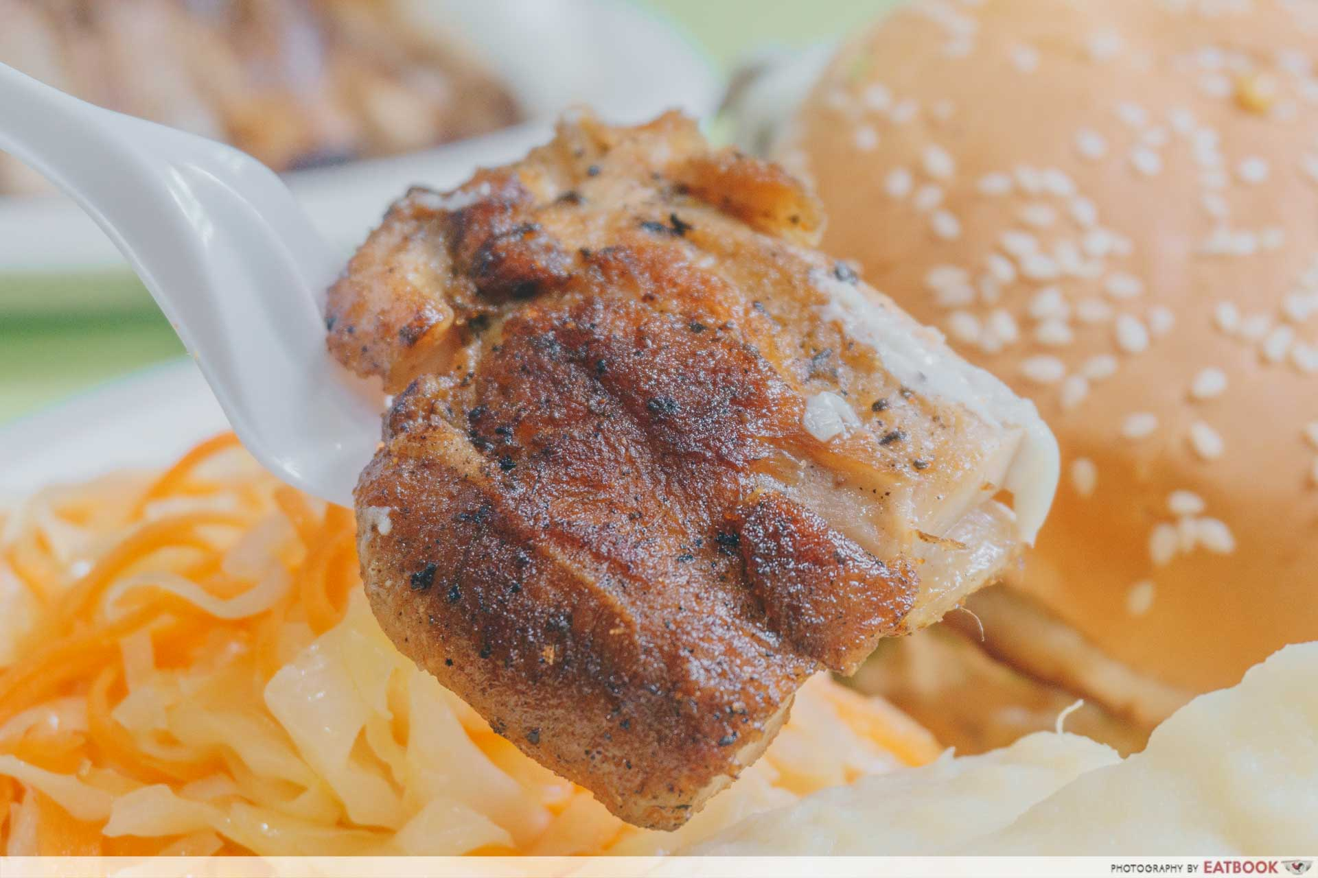 Oinkers & Buns - Grilled Chicken Chunk
