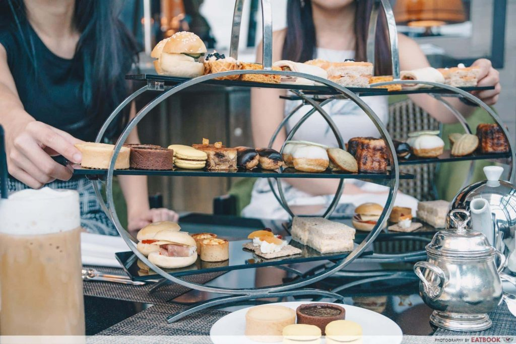hotels with high tea Fullerton Bay-min