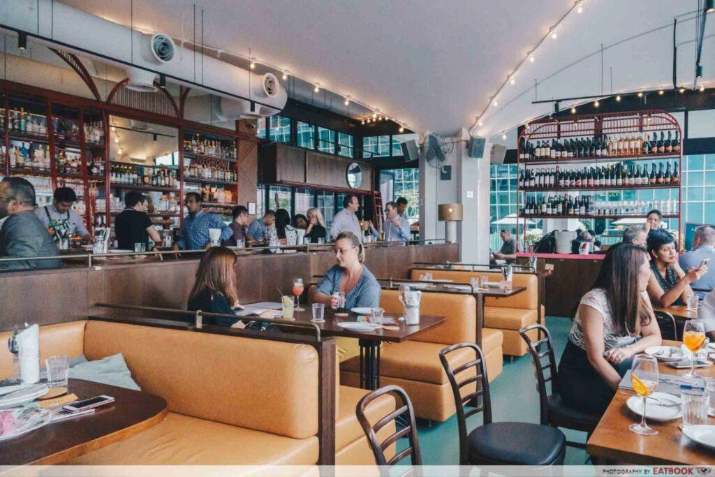 Cafe Fernett Interior
