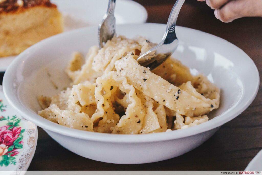 Cafe Fernett Pasta