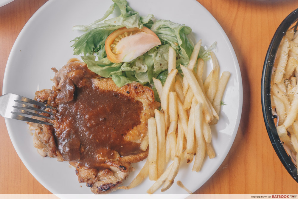 Knuckles Bistro - Grilled Chicken Chop