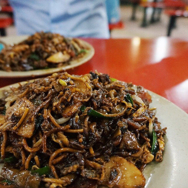 popular hawker stalls zion rd char kway teow