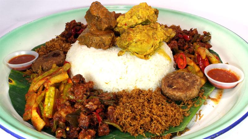Nasi Ambeng - Hajjah Mariam