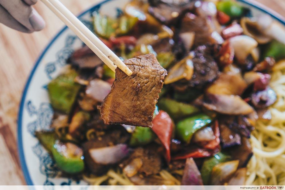 Niu Zou La Mian - stir fry beef slices