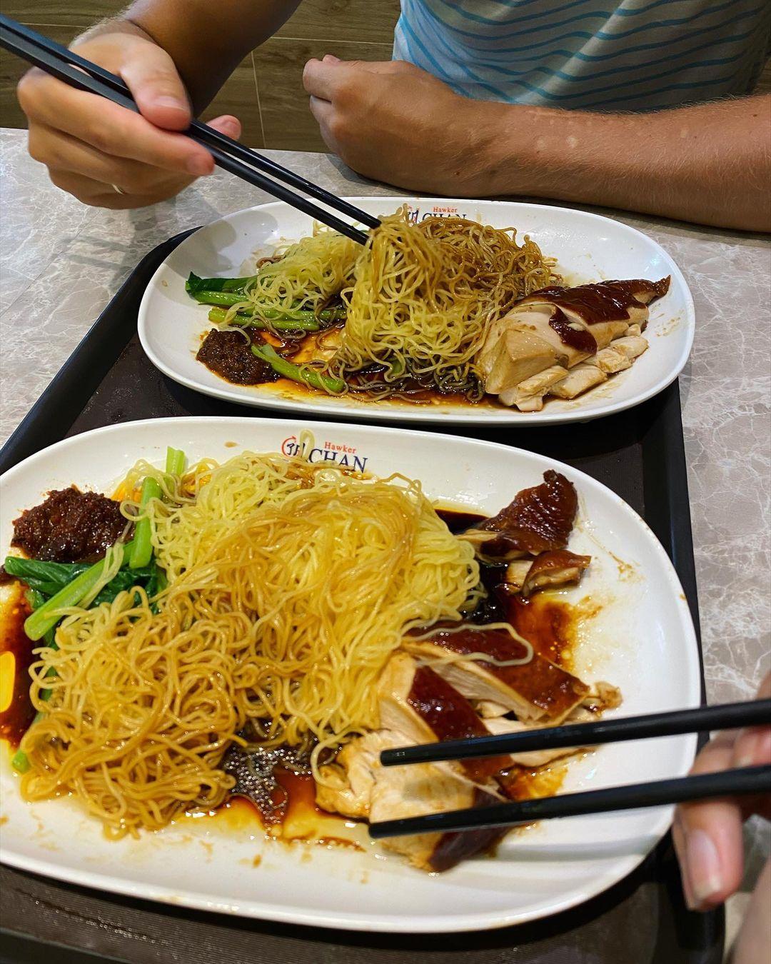 hong kong soya sauce chicken noodle