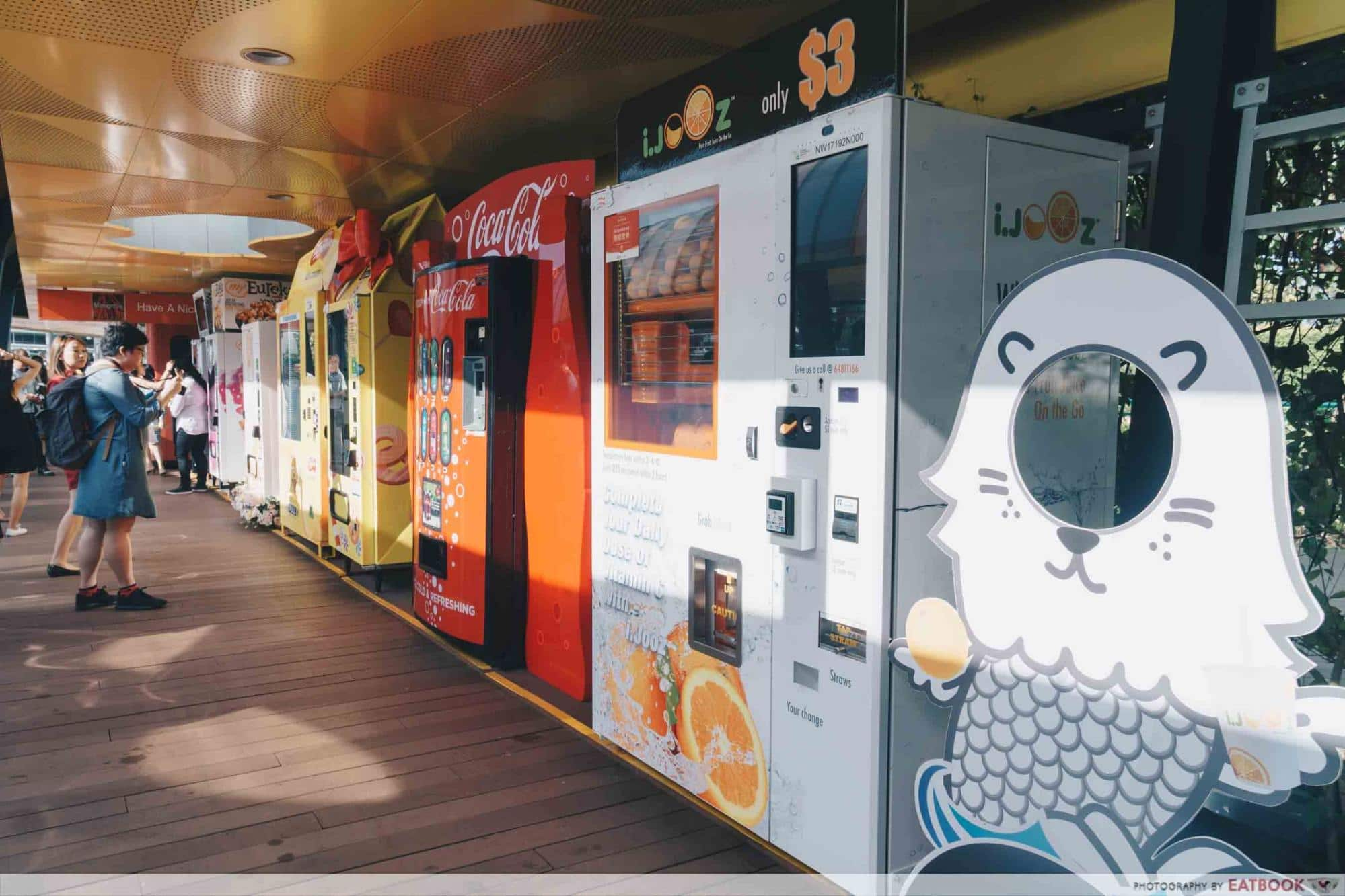 AdVENDture Sentosa Broadwalk Vending Machines - Vending Machine