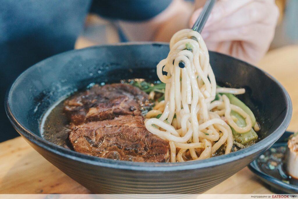 Eat 3 Bowls Beef noodles