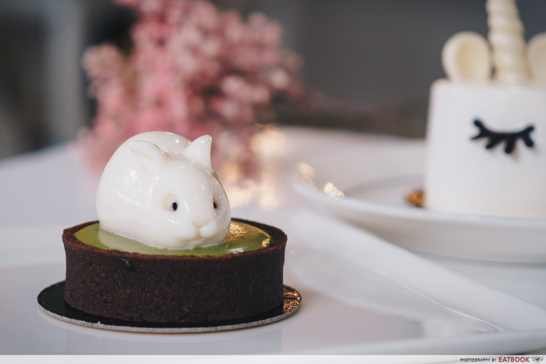 Minimalist Cafes - Boufe jiggly bunny tart