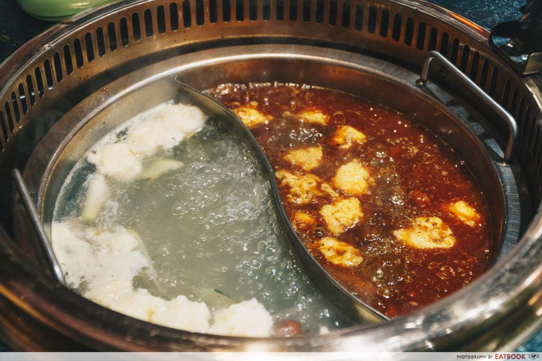 Xiao Mu Deng Traditional Hotpot - Ma la soup and pork bone broth